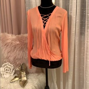 🍑Peach Guess Lace up top